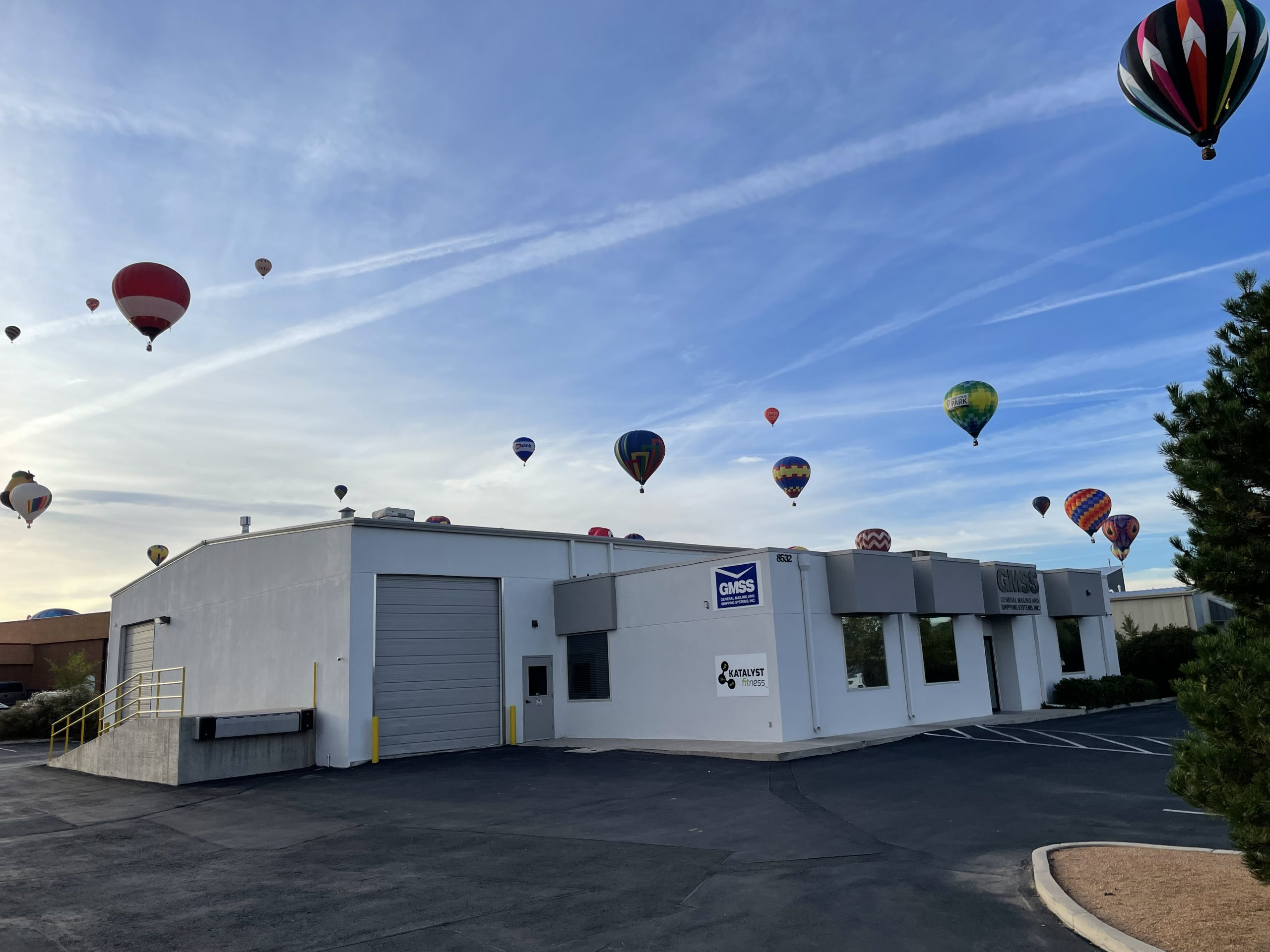 Hot air balloon next to General Mailing and Shipping Systems Inc. building